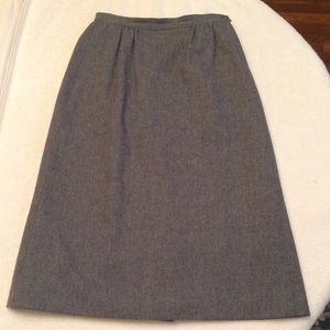 Vintage Pendleton 100% Virgin Wool Skirt Size 25